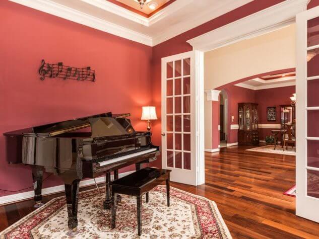 14 Pomysłów na projekt pokoju fortepianowego