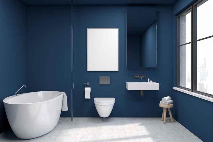 Odcień niebieskiego w łazience
